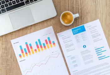 Unglaubliche Bücher Statistik 2020 – Wie viel lesen wir und was?